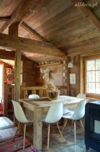 travaux de finition en vieux bois