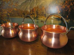 Chaudron Cuivre neuf 20  -30 -40 litres