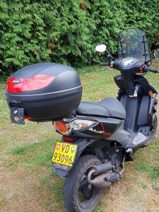 A vendre.  Scooter TGB Bullet 50 cc noir, 45 klm/h