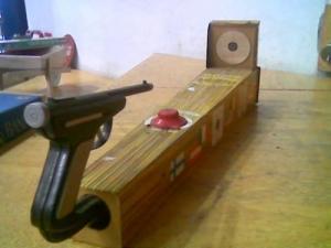 Ancien jeu de tir au pistolet