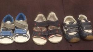 Lot des Chaussures taille 19