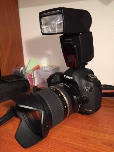 Canon 5D Mark 3 caméra plein cadre à vendre.