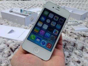 Iphone 4S blanc 64go débloqué
