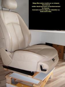 Siège de voiture transf en fauteuil de bureau