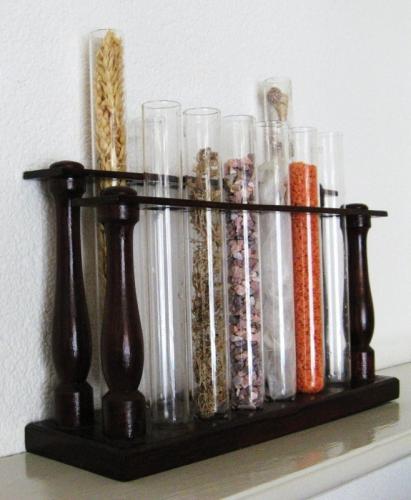 Ancien support de labo, tubes à essais
