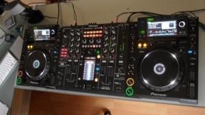 DJ 2xCdj 2000 , Djm 2000