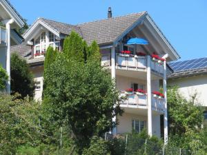 5.5 Zimmer Einfamilienhaus mit traumhafter Aussicht in Wangs