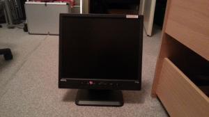 "écran plat  ordinateur  15""    benq t720"