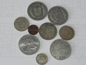 Différentes pièces de monnaies suisses