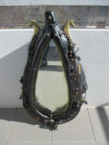 Ancien collier de cheval en cuir