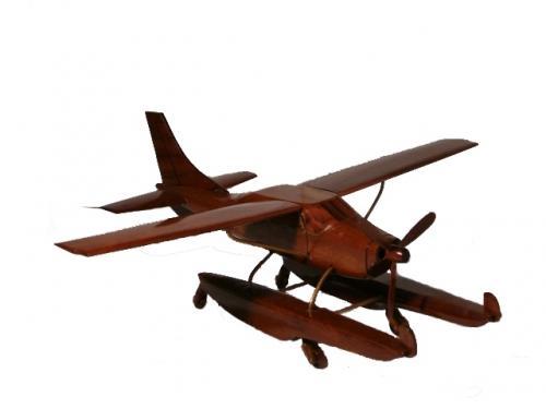 Maquettes en bois d