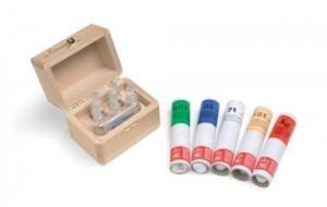 Boîte avec solutions acides pour or