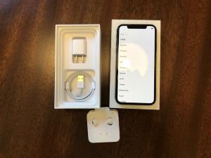 Apple iPhone X 256 GB - Space Grau