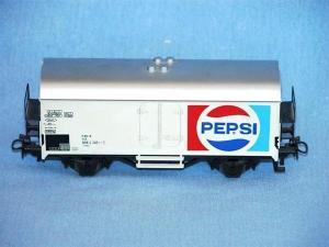 Märklin HO 4419 wagon frigorifique avec logo Pepsi