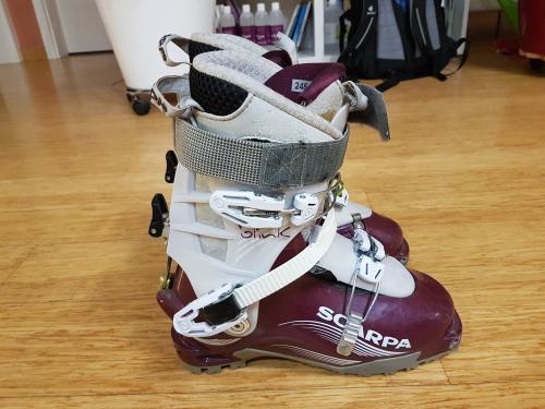Chaussure de ski randonnée