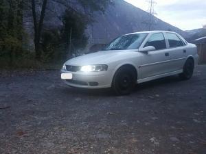 Opel Vectra b 2.0 16v