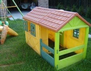 belle maison pour enfant de 1 à 7 ans