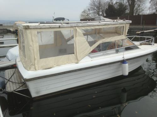 A vendre bateau à moteur, Joda DC 22