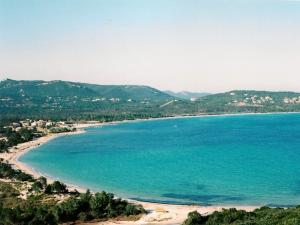 Corse-villa 3ch-2sdb-clim-2km plage