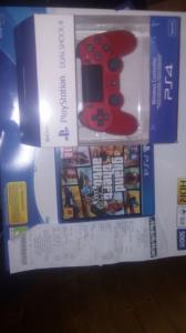 PlayStation 4 + deux de garantie