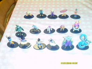 Lot de 16 figurines Dragon Ball