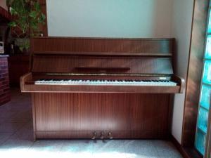 Piano Rosler