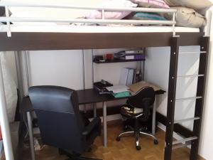 Lit-bureau pour enfant ( x 2)