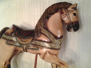 Magnifique cheval à bascule