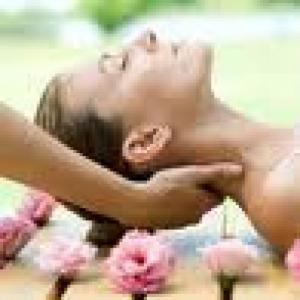 Agréable massage dans la nature