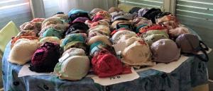 Lot de parures de lingerie et maillots de bain gdes marques
