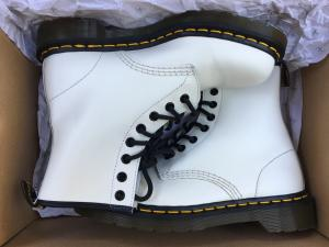 Chaussures Dr.Martens blanches, taille 38