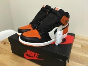 Nike Air Jordan 1High OG blackboard shat