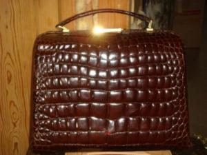 Bag  Italian crocodile Pom leather brown
