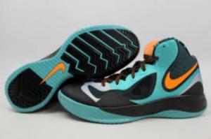 Chaussures de basket Nike neuves