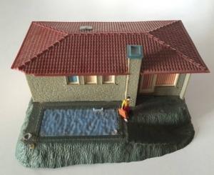 Villa Ho avec piscine et figurine
