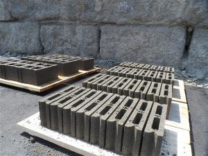 Machine Parpaing Brique Pavé Bordure   Prix Buse Caniveau