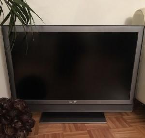 A`vendreTéléviseur Sony 94 cm