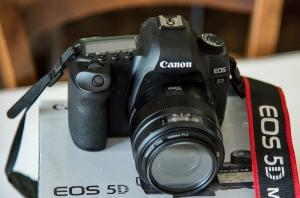 Canon EOS 5D Mark II.