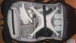 DJI Phantom 4 Pro avec beaucoup d'accessoires
