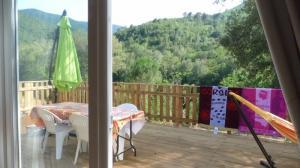 locations vacances en Corse - calme rivière proche mer -