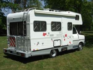 A vendre un camping car à ville prix