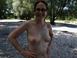 Femme mature à la recherche d'un plan cul sur Neuchâtel