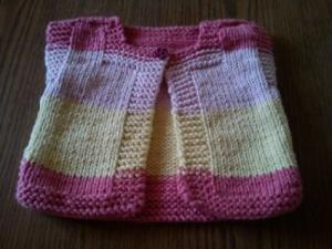 gilet en tricot pour petite fille