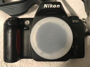 Nikon F65 + 2 objectifs + housse