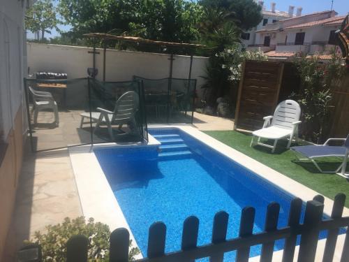 Esp Cambrils villa petite piscine privée 6/8 pers. 50m mer