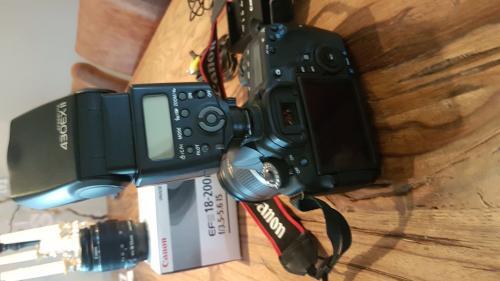 Canon Eos 60D 18-200 mit viel Zubehör