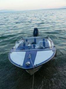 Bateau moteur 40 CV