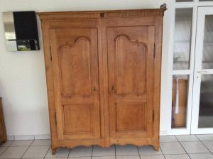 Armoire fribourgeoise