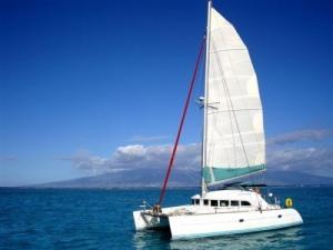 Catamaran habitable à TAHITI