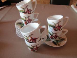 nespresso - set de 6 tasses et sous-tasses